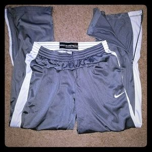 Men's Nike Basketball athletic pants size XL